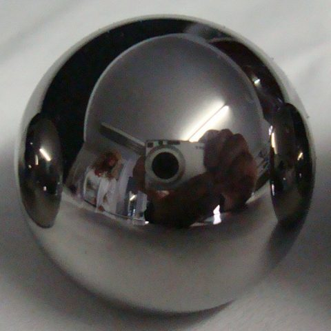 Steel sphere with high gloss surface and reflexion